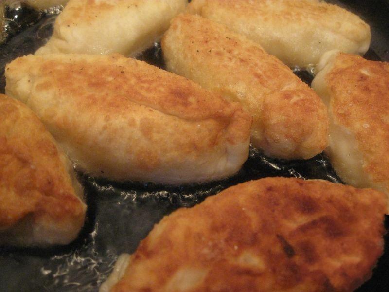 рецепт пирожков на сковороде по украински