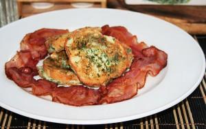 Аппетитные гренки с ветчиной, сыром и зеленью фото | Аппетитные гренки с ветчиной, сыром и зеленью