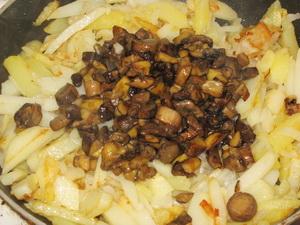 Соединяем картофель и грибы фото | Соединяем картофель и грибы