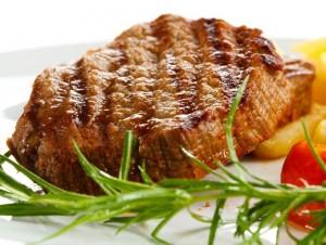Жаренная на сковороде свинина: утонченный аромат и неповторимый вкус фото
